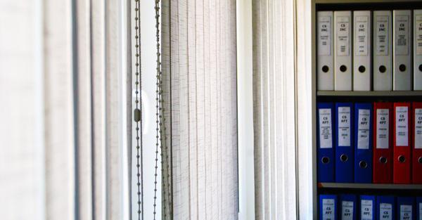 Wynajęcie biura z plisami okiennymi