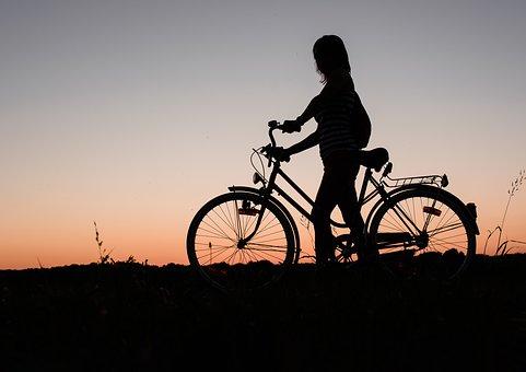 Ile kosztują rowery trekkingowe?