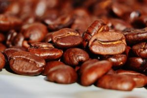 Pyszny smak kawy ziarnistej