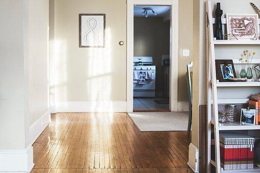 Jak wybrać odpowiednie drzwi do domu?