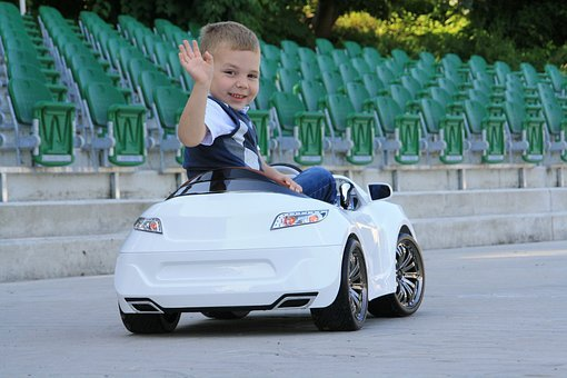 Read more about the article Najlepsze samochody dla dzieci