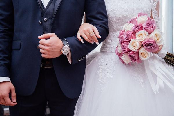 Jaki powinien być fotograf ślubny?