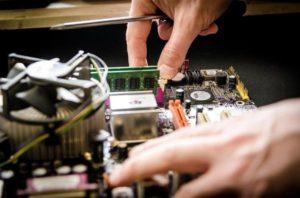 Read more about the article Profesjonalna naprawa w serwisie komputerowym